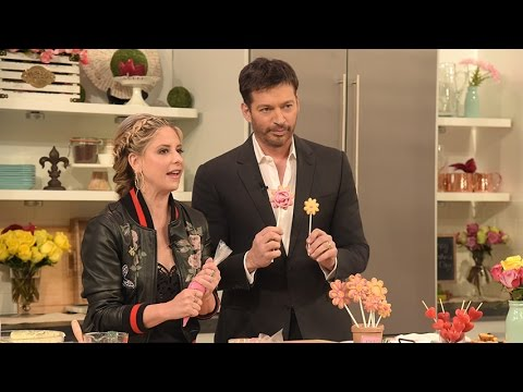 Mother's Day Baking with Sarah Michelle Gellar