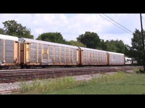 CSX 146 leads a NB manifest through Tullahoma TN 09-16-16