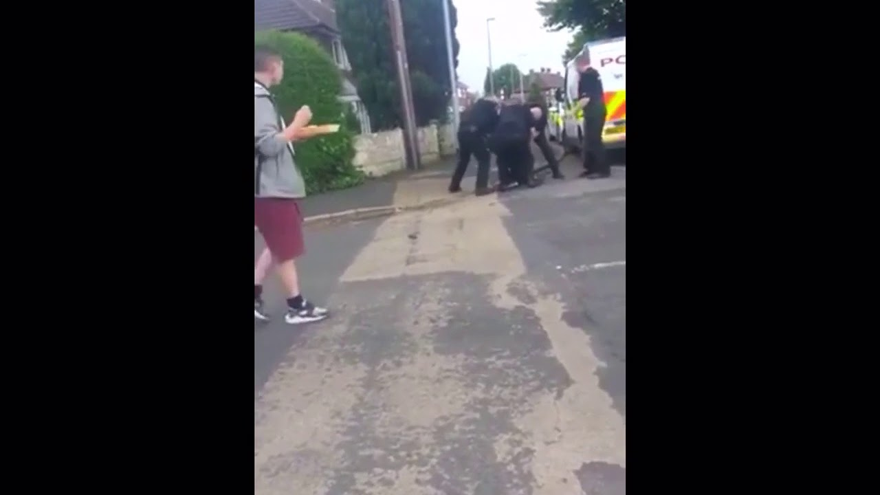 Transsexuals beat up chavs