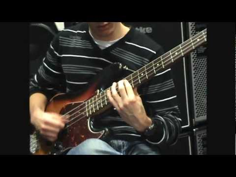 Maroon 5 - Payphone (Bass Arrangement) [Live at Music Store Cologne]