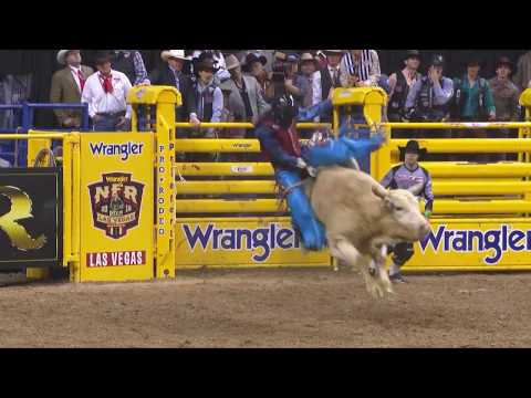 Roscoe Jarboe Bull Riding Round 2 | WNFR 2016