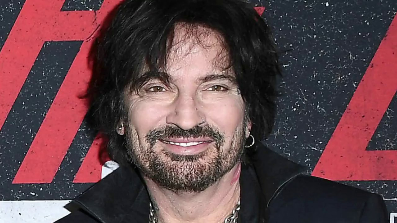 Tommy Lee SCARES Trumpsters WARNING Them What Will Happen Once Liberals Regain The White House