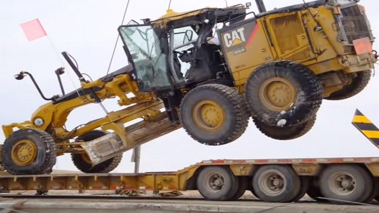 Extreme Dangerous Idiots Biggest Bulldozer Heavy Equipment Operator Climbing Fail & Win