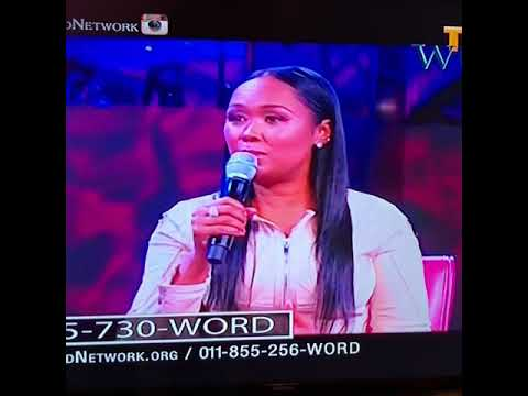 """Pastor Jamal Bryant interviews Kenyetta Gaskins about her book, """"The Mercy of God and The Game""""."""