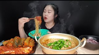 라면먹방:) 직접 만든 핵폭탄 🔥오이소박이🔥 실비김치 신라면 청양고추 밥 먹방 spicy ramen cucumber kimchi mukbang