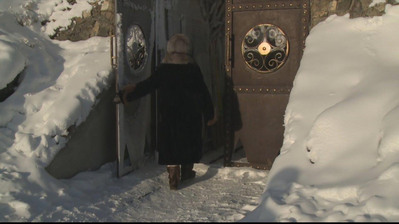 ???????? سكان جمهورية ياقوتيا الروسية يستخدمون الأنفاق والحفر لتخزين المواد الغذائية