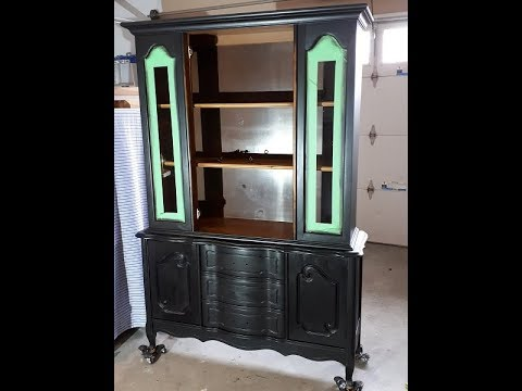 Blending two paint colors, antiquing wax Black Hutch - Part 2