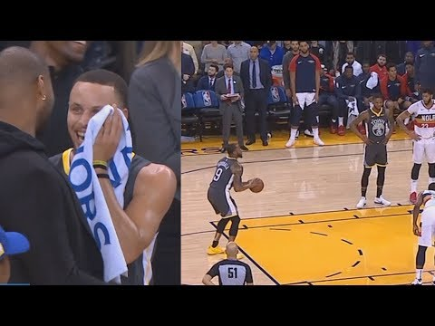 Steph Curry Can't Stop Laughing At Iguodala's Bank Shot Free Throw!