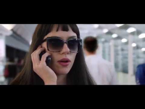 """Lucy Di Luc Besson Con Scarlett Johansson: Scena In Italiano """"Trafficanti Di Droga"""""""