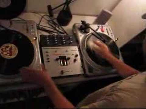DJ Kypski scratching the Rapper's Delight theme
