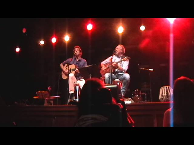 """Jerry Hludzik and Charlie Phillips perform The Beatles """"Here Comes The Sun"""""""