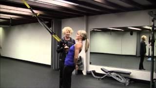 single arm trx row for lats shoulder bicep and core