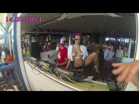 Topless Dj Milana Bora-Bora Ibiza 14.07.2014