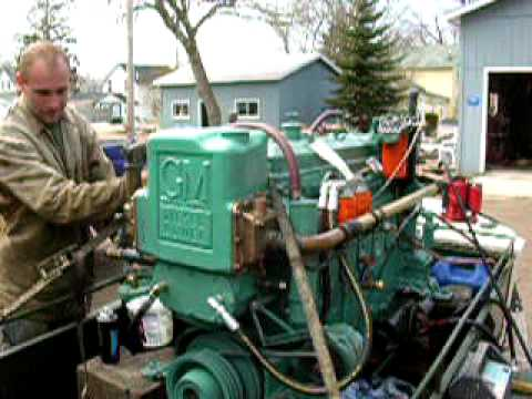 Detroit diesel 6 71 gray marine boat engine youtube for General motors marine engines