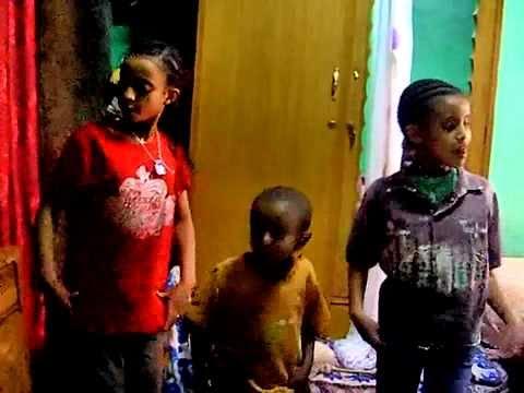 Ethiopian kids dancing to traditional song. ( Eskista) thumbnail