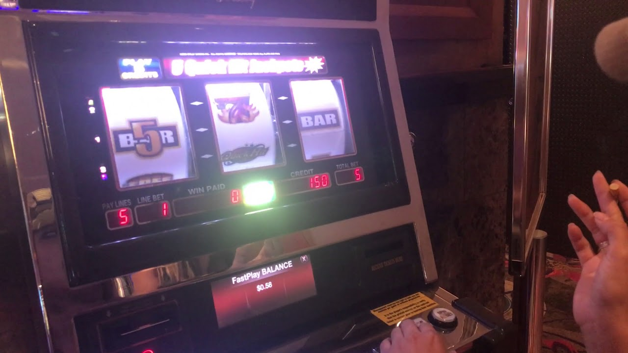 playing max bet on slots