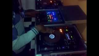 VID 20140611 00005 Dandora LOVE freestyle beat juggle and scratch