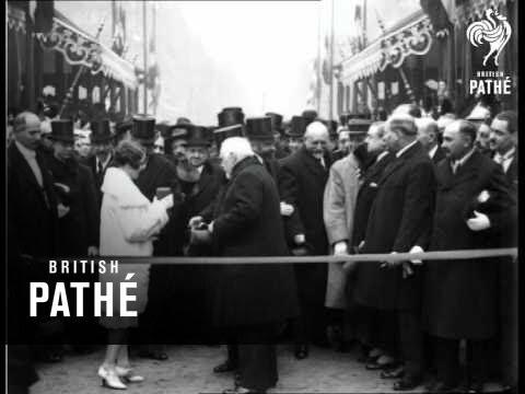 Famous Paris Boulevard Completed (1927)
