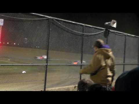 Modified Heat 3 @ Marshalltown Speedway 04/07/17