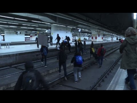 Students occupy train tracks in Barcelona's Sants station