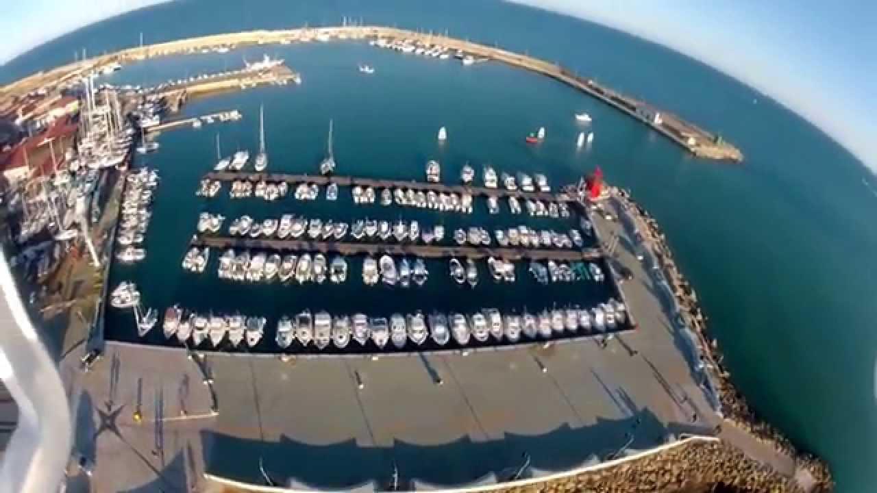 Dji Phantom 3 Drone >> Drone RC sulla lega navale di Crotone - YouTube