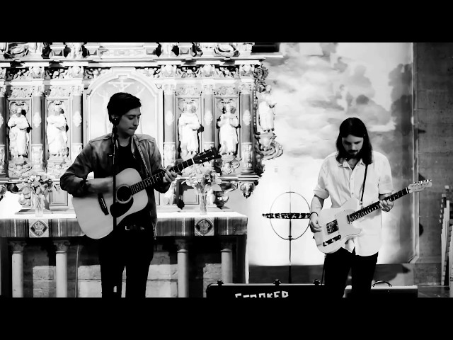 Crooked Trees - Love Ocean (Live)