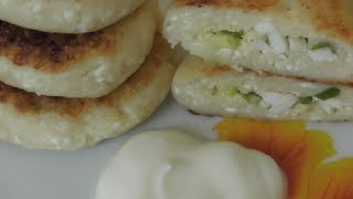 Сырники с яйцом и зеленым луком!  Cottage cheese cheesecakes with eggs and spring onions!