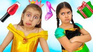 Elsa Offended her little Princess Friend   Super Elsa