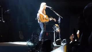 Amy Macdonald | Intro Talk + Left That Body Long Ago - Live TivoliVredenburg Utrecht 2019