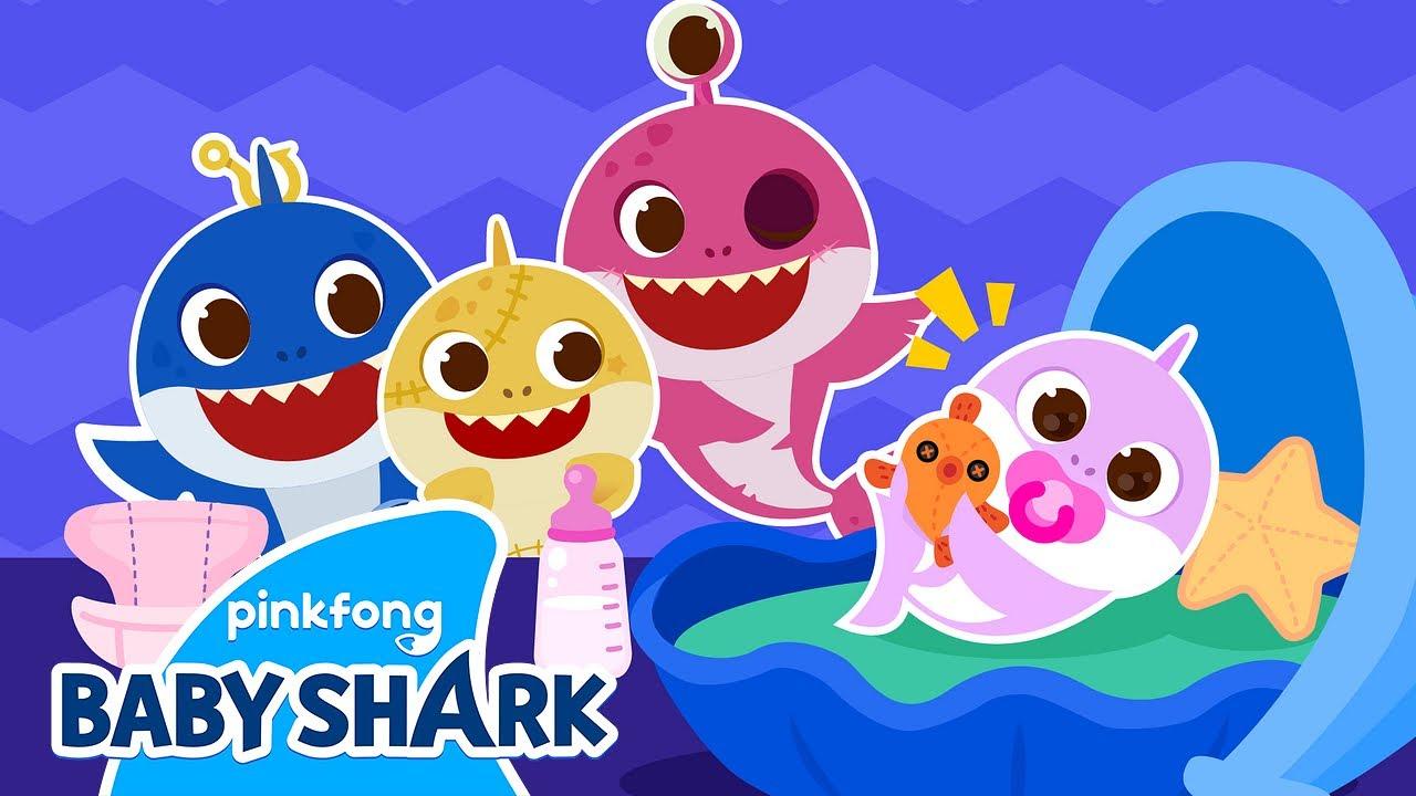 👶Peek-a-Boo! Baby Shark Babysits on Halloween! | Baby Shark Halloween | Baby Shark Official