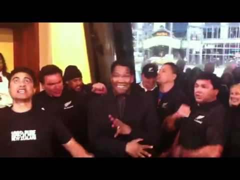 denzel washington performs all blacks haka youtube. Black Bedroom Furniture Sets. Home Design Ideas