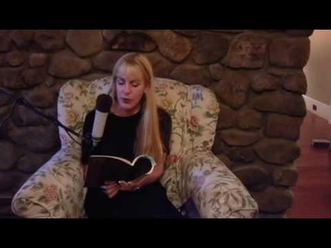 Jennifer Militello bookshelf