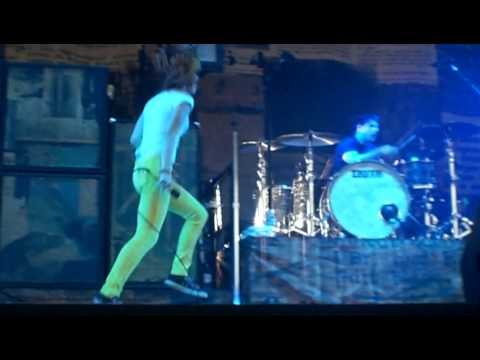 Misery Business by Paramore in VA BEACH VIRGINIA