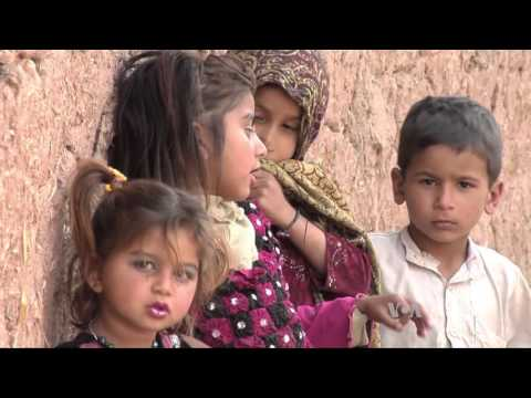 Pakistani School Helps Slum Kids