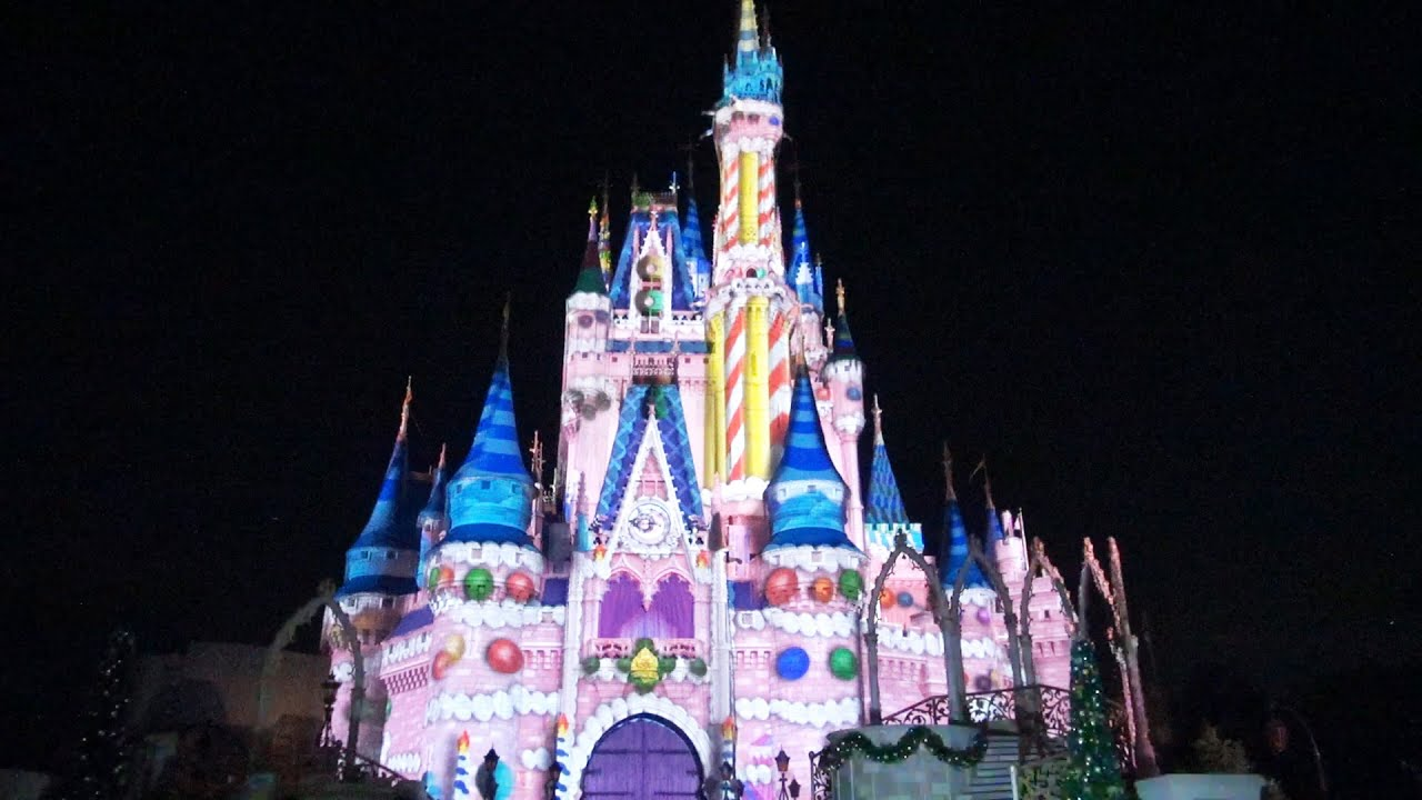 2015 celebrate the magic christmas holiday finale projection castle show at walt disney world youtube