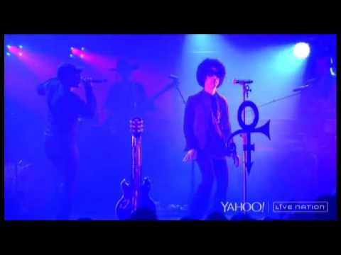 Yahoo! Concerts: Prince
