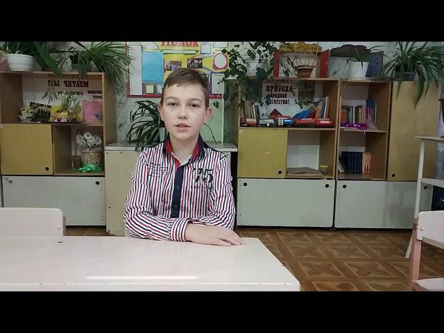 Изображение предпросмотра прочтения – ВладиславДунаев читает произведение «Белой ночью месяц красный...» А.А.Блока
