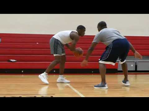 In-Depth Workout With Bradley University PG, Darrell Brown