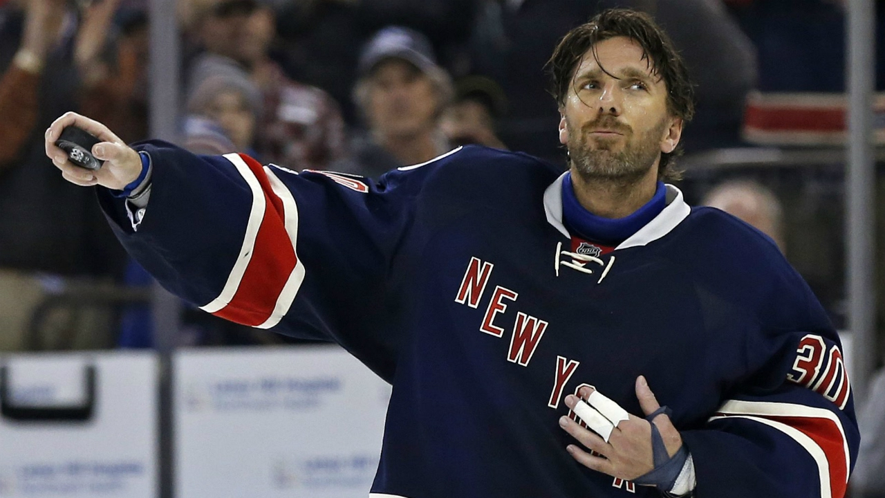 Gotta See It Lundqvist Becomes 12th Nhl Goalie To Win 400 Games