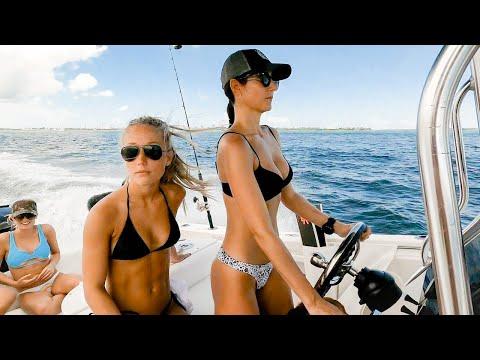 Bikini Spearfishing 90 Foot Deep Shipwreck | Deep Freediving Huntress