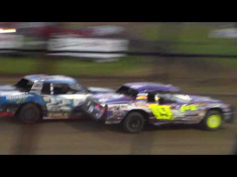 Stock Car Heat 2 @ Marshalltown Speedway 05/05/17