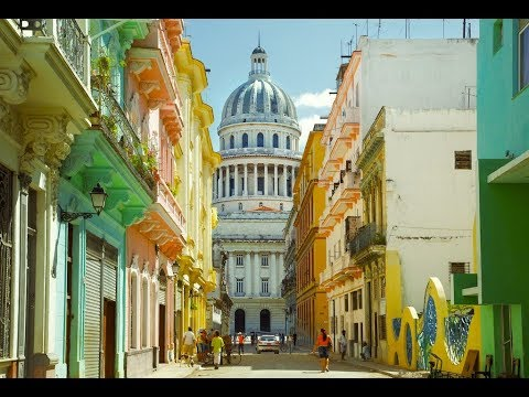 Гавана.СТАРЫЙ ГОРОД/Как люди здесь зарабатывают?Голая женщина на петухе!La Habana Vieja.Куба (#6)