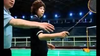 羽毛球教学 专家把脉【04】(网前挑球,勾对角)