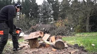 Chainsaw carving  Heart Motorsägeschnitzen Herz