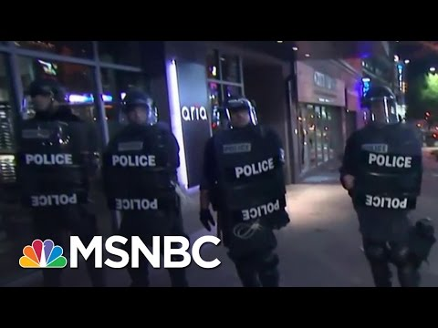 Protesters Clash With Police In Charlotte, NC | The 11th Hour | MSNBC
