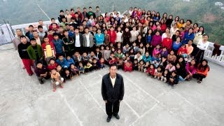 One Of The Biggest Families In The World: 181 People Under One Roof in India