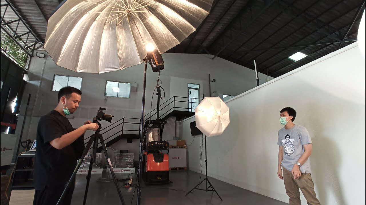 Setup ไฟถ่ายภาพนิ่ง ไฟแฟลชและร่มยักษ์