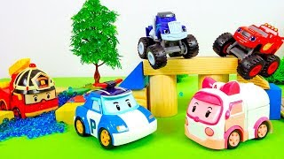 #Машинки ВСПЫШ 🚗 и Робокар ПОЛИ! 🚓 Видео для детей. #ГОНКИ на трассе с препятствиями