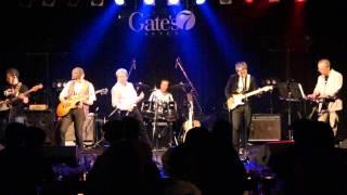 福岡のおやじバンドです。博多ゲイツ7でのライブです。なつかしいステ...