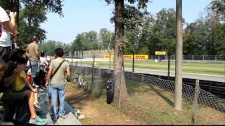 F1 Monza 2011 - Lesmo - INCREDIBLE SOUND